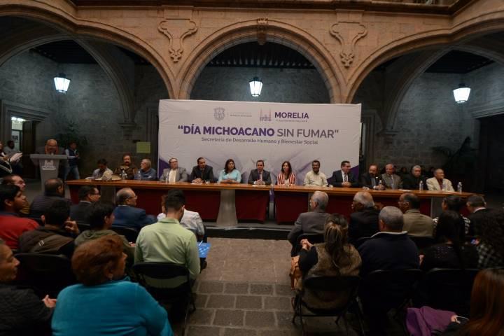 Conmemoran el d a michoacano sin fumar for Cuarto dia sin fumar