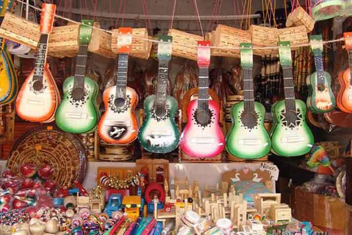 Venderán Artesanía Michoacana En Sears Y Sanborns